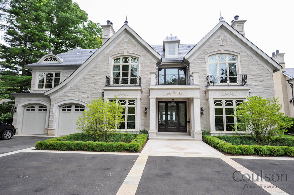 Georgian custom home builder toronto oakville for Classic architecture homes